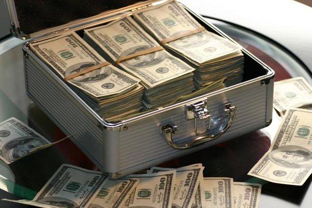 8 Keys to Manifesting Money